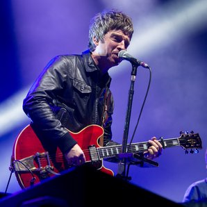 Noel Gallagher performing live in Germany in 2016