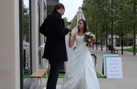 Woman pranks first date turns up wedding dress