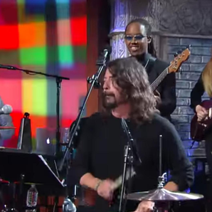 Dave Grohl plays The Drums with the Preservation H