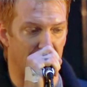 Angry Josh Homme live